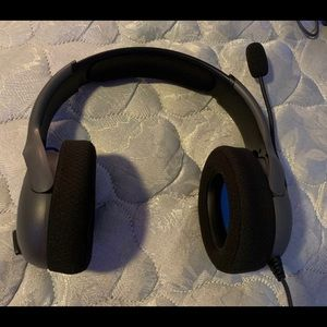 Sony Other - Gaming headset with mic (NEW) (DURABLE)